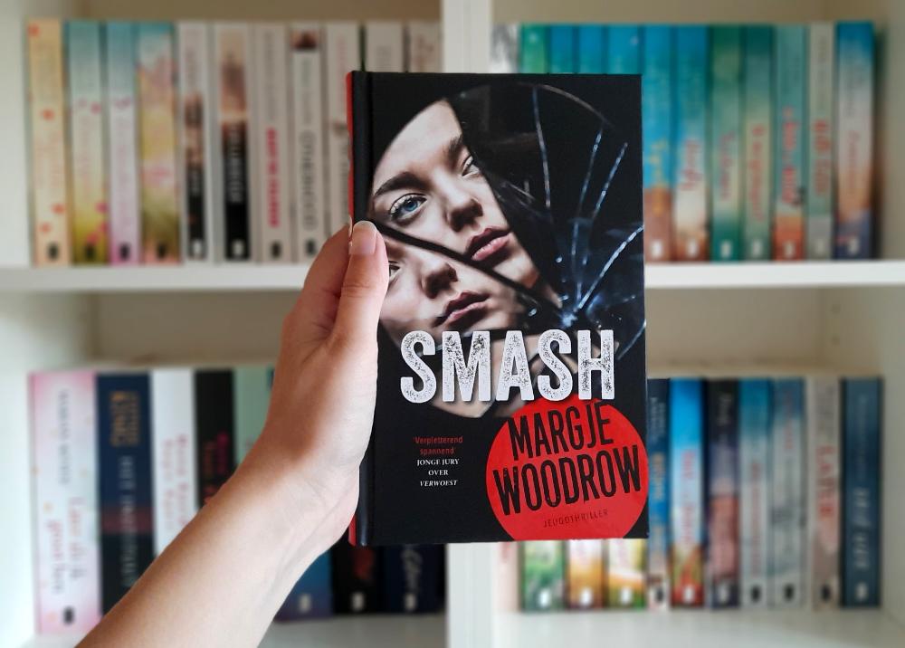 Smash - Margje Woodrow